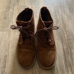 EUC‼️BOYS ZARA LEATHER AND SUEDE BOOTS SIZE: 13.5